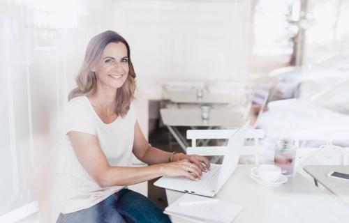 Der wichtigste Grund, warum Launches für dich so anstrengend sind - Interview mit Simone Weissenbach